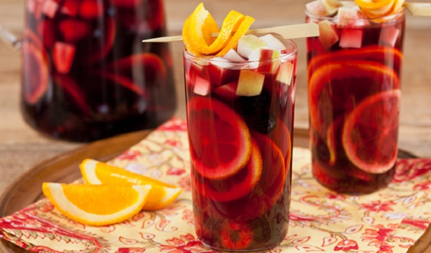 In the Kitchen with Stefano Faita Fresh Berry Sangria served in tall glasses