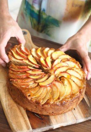 Completed Apple Cinnamon Cake